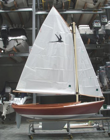 Redwing Dinghy in profile
