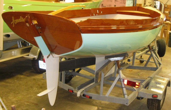 The separate, properly foil - shaped keel and rudder give her unexpectedly high performance